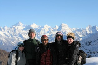 Trekkers on the Himalayas trek