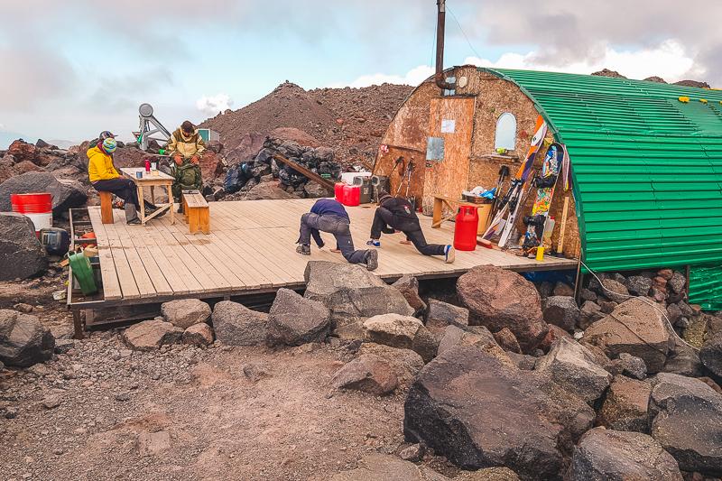 Elbrus vs Aconcagua