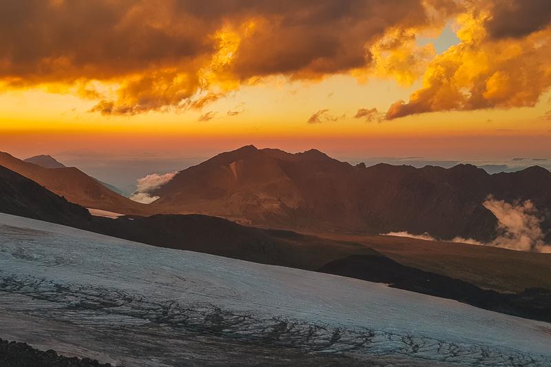 Elbrus hike