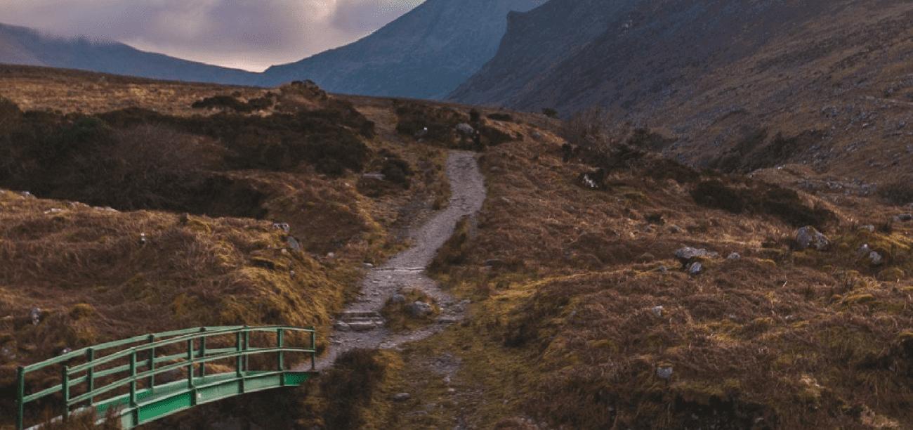 Earths Edge Kerry Staycation Carrauntoohill Guided Hike 2020
