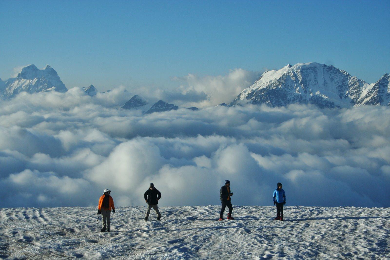 Climbing Mount Elbrus with Earth's Edge