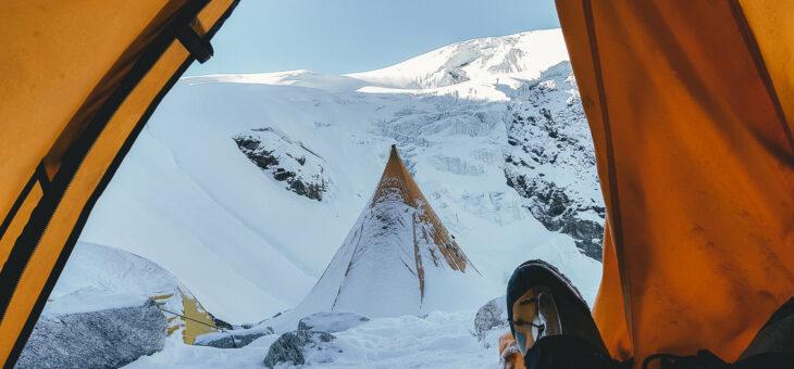 Mera Peak with Earths Edge