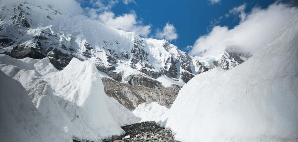 Everest Base Camp with Earth's Edge 6