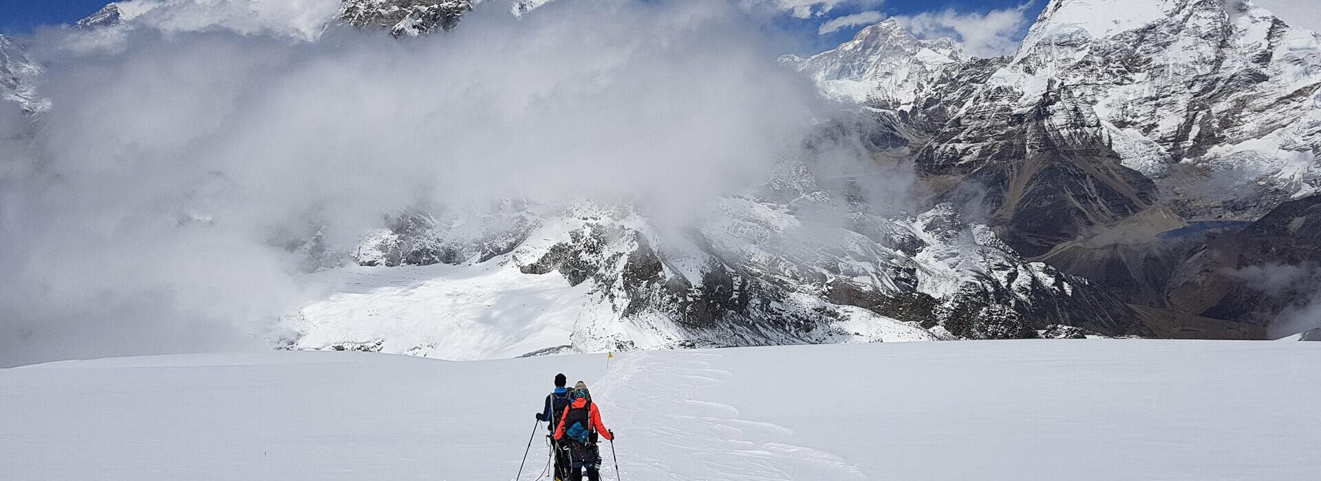 Mera Peak with Earth's Edge 5
